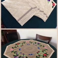 Table mats floral