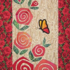 Table runner rose bunch